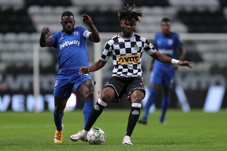Chidozie, central nigeriano passou do FC Porto para o Boavista