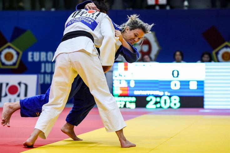 Telma Monteiro apurou-se para a final de -57 kg