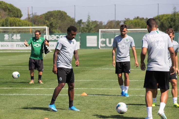 O Sporting treinou antes da partida para o Algarve.