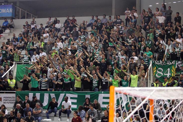 Sporting foi punido por comportamento discriminatório de adeptos em jogos de futsal