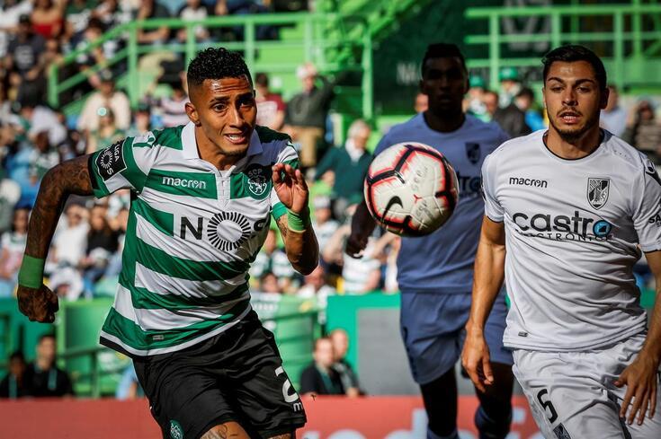 Raphinha marcou o primeiro golo da vitória do Sporting frente ao V. Guimarães.