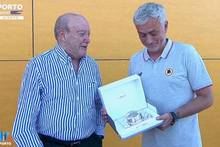 A lembrança de Pinto da Costa para Mourinho antes do Roma-FC Porto