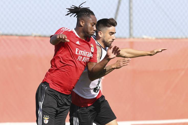Imagens do treino do Benfica com destaque para a estreia de Meite