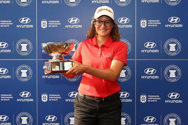 Pedro Lencart e Sofia Sá sagraram-se campeões nacionais absolutos de golfe