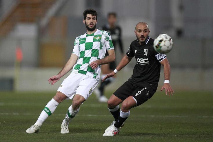 Fábio Pacheco em ação pelo Moreirense