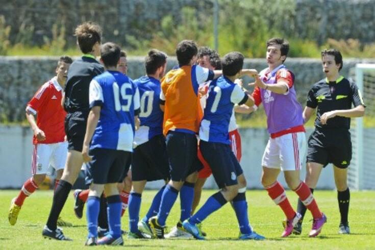 FPF instaura processo após incidentes entre FC Porto e Benfica