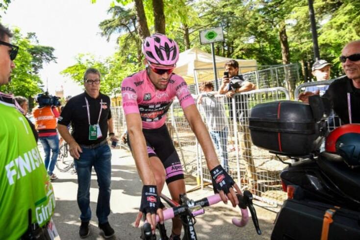 Giro: Dumoulin abandona devido a uma lesão