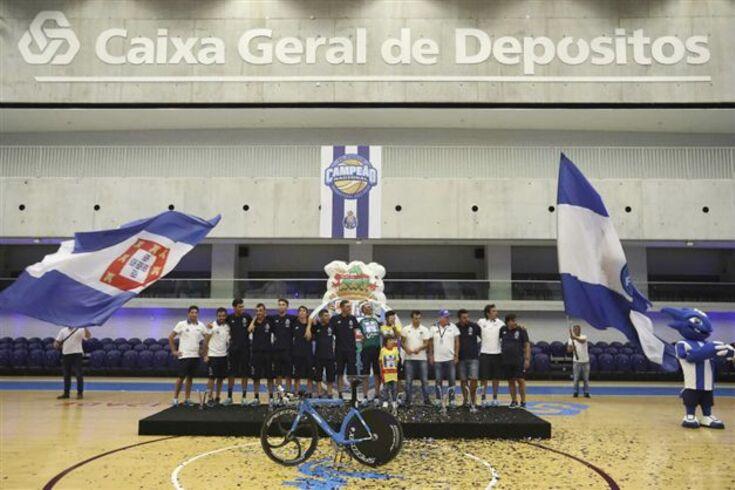 W52-FC Porto pode subir de divisão no ciclismo mundial