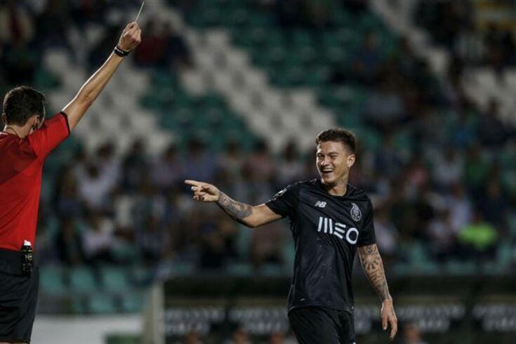 """FC Porto dispara para o clássico: """"Só falta pôr Fábio Veríssimo"""""""