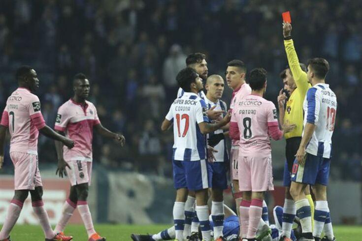 """Arbitragens ainda na mira do FC Porto: """"Batota sem fim"""""""