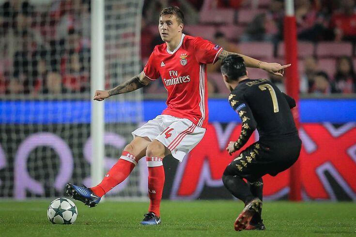 Para aceitar transferir o sueco, o presidente do Benfica exigiu que a cláusula de rescisão subisse de