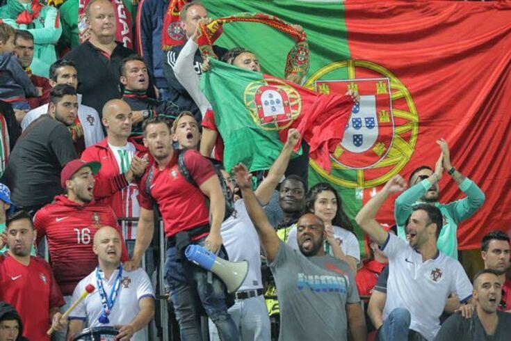 Líder dos Super Dragões lidera claque da Seleção no Estádio da Luz