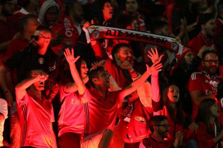 """Benfica acusa Sporting e FC Porto de """"grave coação sobre as arbitragens"""""""