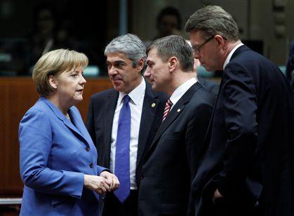 """Sócrates ligou a Merkel a """"implorar"""" ajuda Ng1431177"""
