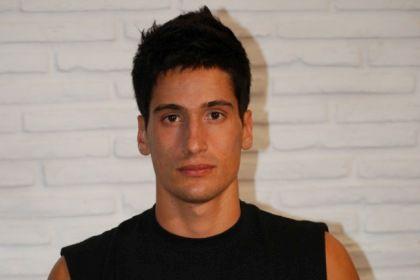 O amigo de Renato Seabra garante que o modelo não gostava do tipo de relacionamento com Carlos Castro
