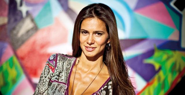 Cláudia Vieira a caminho do Brasil