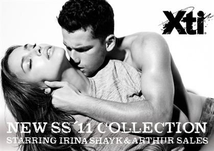 Irina em anúncio sensual com modelo brasileiro