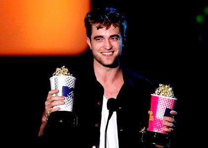 Robert Pattinson sonha agredir paparazzo