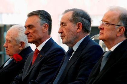 Cavaco Silva, Mário Soares, Ramalho Eanes e Jorge Sampaio nas comemorações do 25 de Abril no Palácio de Belém