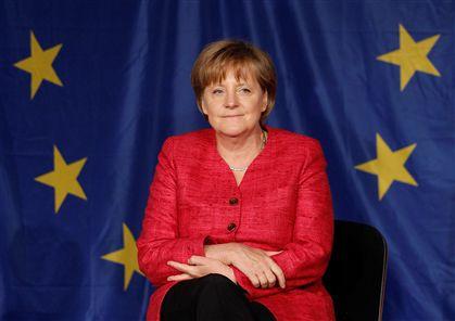 Merkel exige menos férias e aumento da idade da reforma