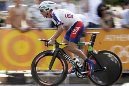 Hamilton manteve a medalha em 2004 devido a um erro do laboratório antidoping