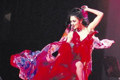 Tânia Luiz - bailarina portuguesa no japão
