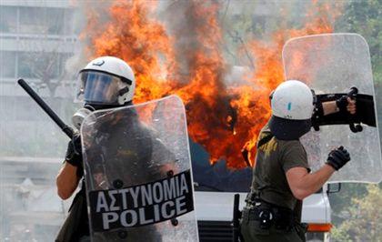 Parlamento grego aprovou plano de austeridade