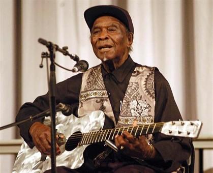 Morreu David Edwards, histórico do blues dos anos 30