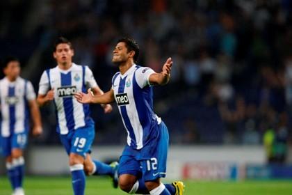 FC Porto vence Shakhtar Donetsk (2-1)