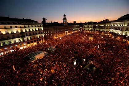 Milhares voltam a manifestar-se na Puerta del Sol