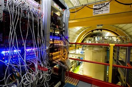 O incidente dos neutrinos Ng1677873