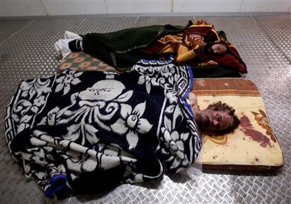 Os cadáveres de Kadhafi e do filho estão expostos em Misrata, cidade-natal do antigo líder líbio