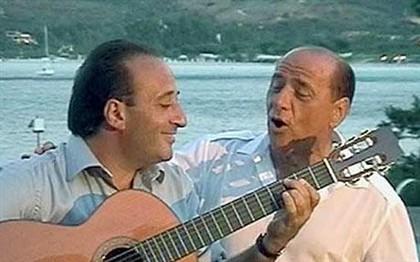 Silvio Berlusconi lança disco de canções românticas
