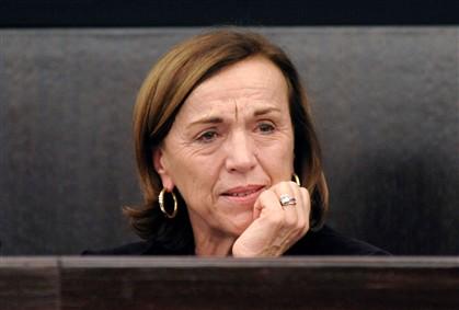 Ministra italiana chora ao falar dos sacrifícios