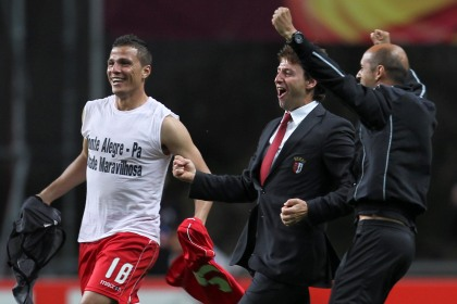 Domingos Paciência festeja a passagem à final da Liga Europa, após vitória sobre o Benfica por 1-0