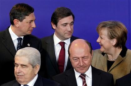 Crise financeira Zona Euro (2) - Página 3 Ng1801837