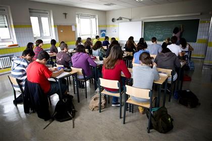 Sindicato lamenta tratamento injusto a professores