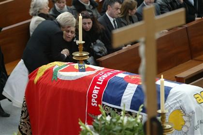 Hino do Benfica já pode ser tocado em funerais