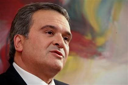 Miguel Relvas vaiado durante discurso
