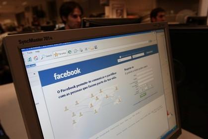 Facebook e Twitter aumentam ansiedade dos utilizadores