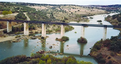 Serpa: a ponte do Rio Grande