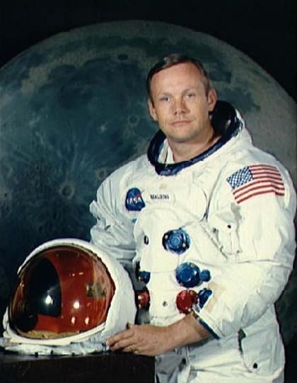 Morreu Neil Armstrong, o primeiro homem a pisar a Lua