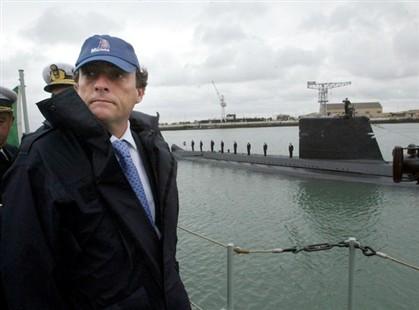 Paulo Portas foi ministro da Defesa e atualmente é ministro dos Negócios Estrangeiros de Portugal