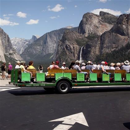O Parque Nacional de Yosemite, na Califórnia, é visitado anualmente por milhões de pessoas