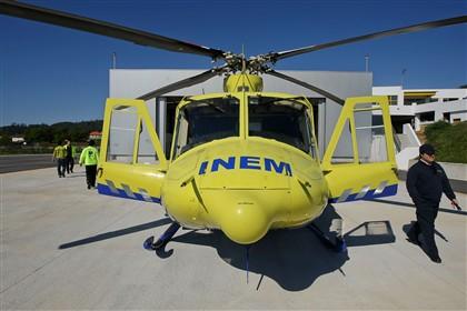 """1.500 pessoas em """"manif"""" contra retirada de helicóptero"""
