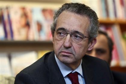 Ribeiro e Castro pede reunião de emergência do CDS-PP