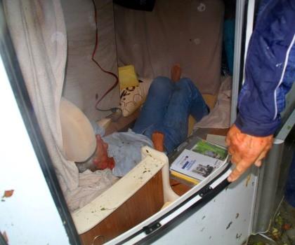 13 feridos, 12 desalojados e 4.660 pessoas sem luz
