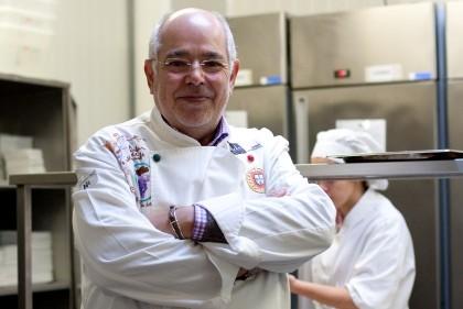 Chef Michel parte hoje para França