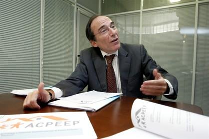 """Burlão mantém que é """"colaborador voluntário"""" da ONU"""