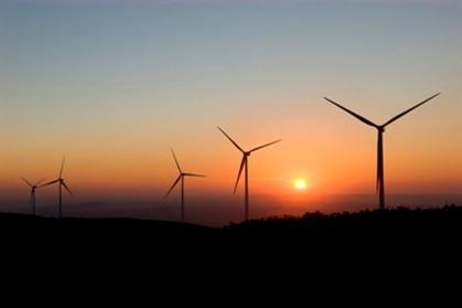 Investimento em energias renováveis caiu em 2012